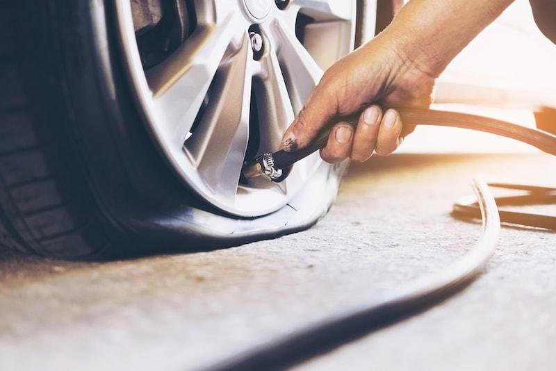 パンク修理キットのおすすめ人気ランキング7選|シーラント・DIYタイプを解説