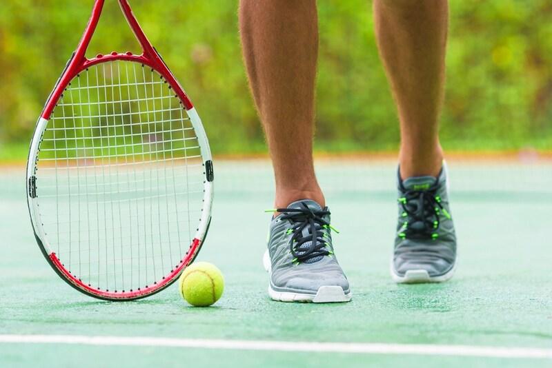 テニスシューズのおすすめ人気ランキング10選|ハードならオールコート用を選ぶ