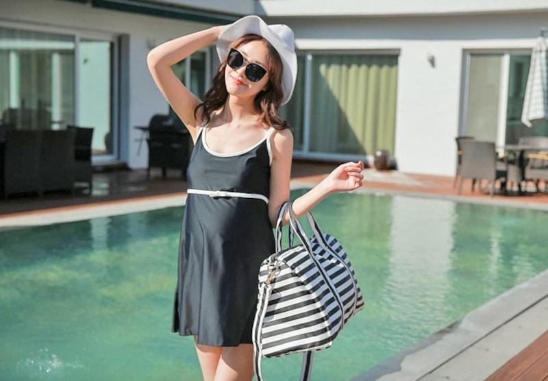 マタニティ水着のおすすめ人気ランキング8選|お腹に負担をかけず、おしゃれに着られるのは?