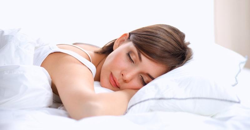 いびき防止枕のおすすめ人気ランキング8選 気道を確保して快適な睡眠を