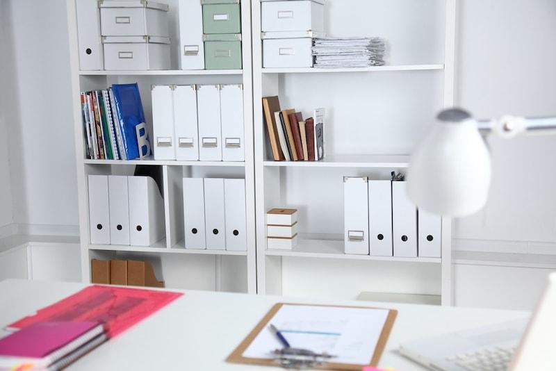 オフィス用書類棚のおすすめ人気ランキング27選|鍵付きが安心、おしゃれな木製も!整理のコツも紹介!