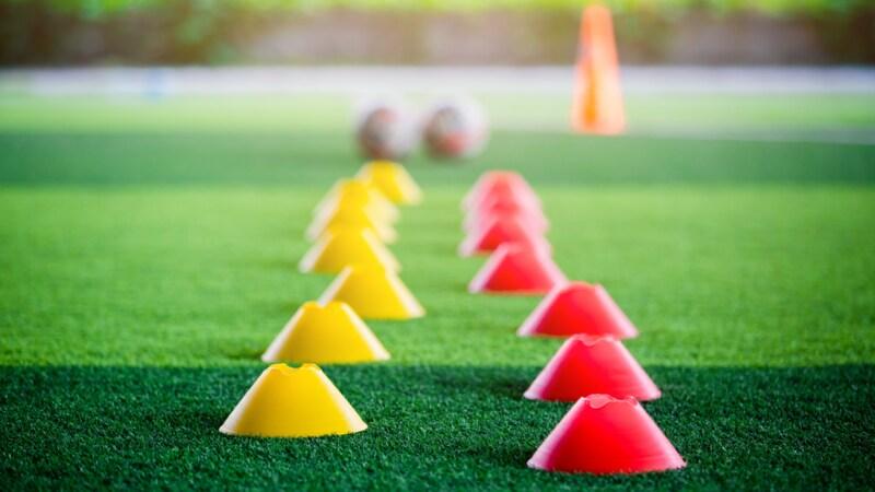 トレーニング用マーカーコーンおすすめランキング11選|サッカー・バスケ・陸上などに人気!