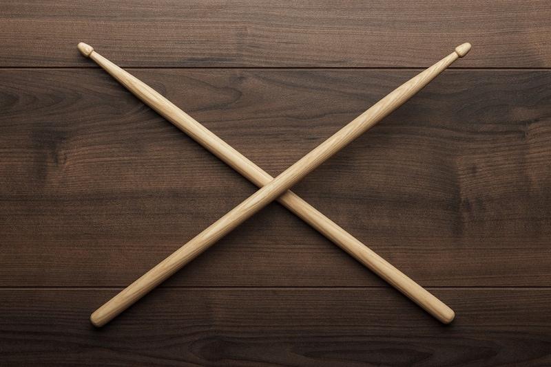 ドラムスティックのおすすめ人気ランキング9選|初心者に!素材・形状を解説