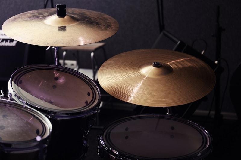 シンバルのおすすめ人気ランキング9選|ドラムに最適な種類は?
