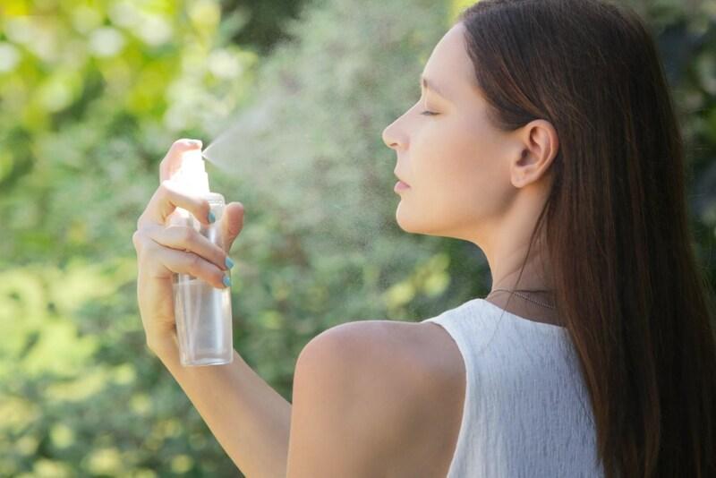 ミスト化粧水のおすすめ人気ランキング23選と使い方|安いプチプラからデパコスまで、無印良品の人気商品、韓国コスメにも注目!作り方もあわせて紹介