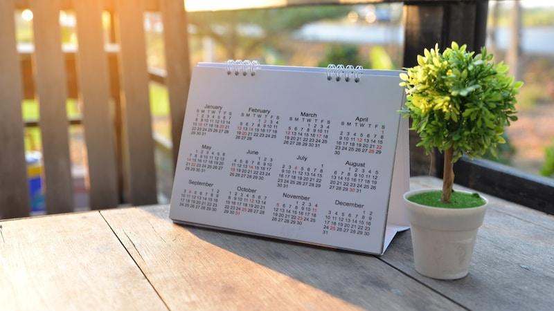 【2021年版】卓上カレンダーのおすすめ人気商品18選|おしゃれで書き込みやすいのは?