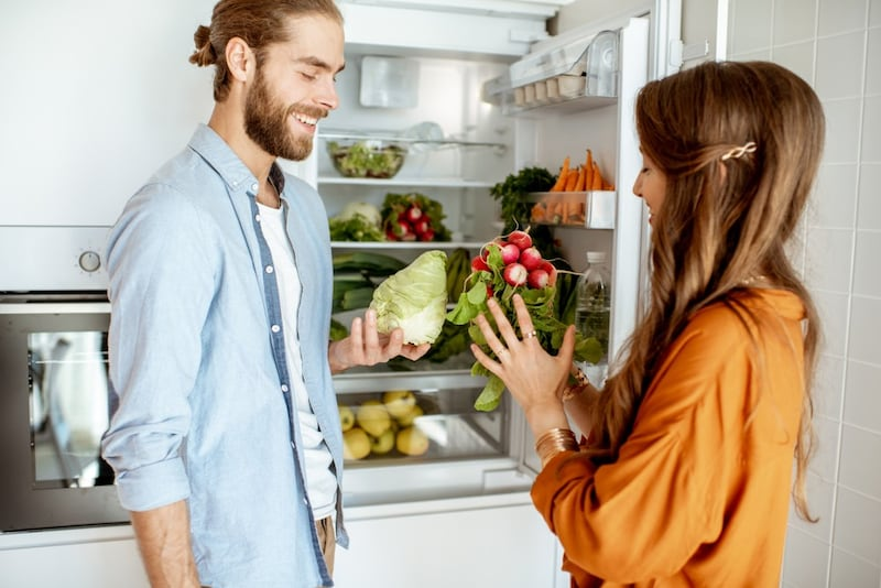 【2020年】二人暮らし向け冷蔵庫おすすめ14選|コスパに優れ家族が増えても使いやすいのは?