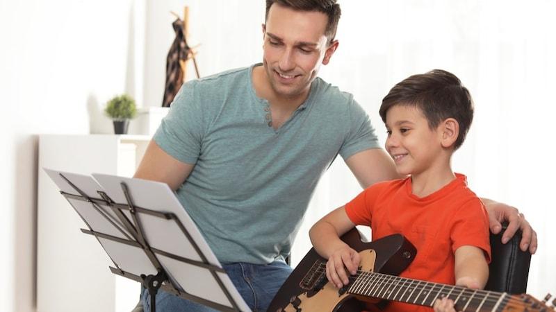 初心者おすすめのギターの種類、人気メーカーを徹底解説!