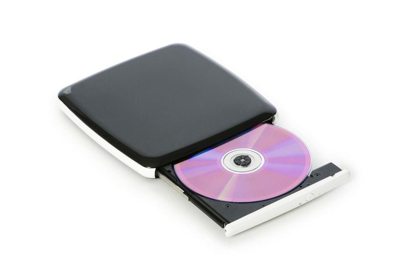 外付けDVDドライブおすすめランキング10選|ポータブルが人気!Mac&Windows10対応も
