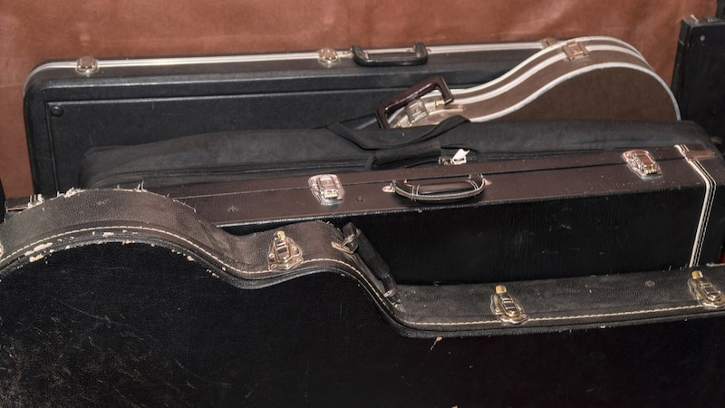 アコギからエレキまで!ギターケースの選び方とおすすめ6選をご紹介