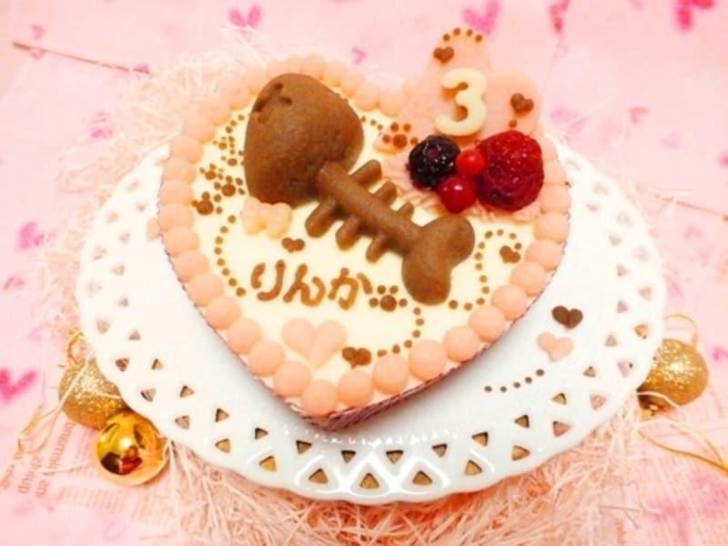 ROPIRE ORIN,ほねほねフィッシュのハートケーキ