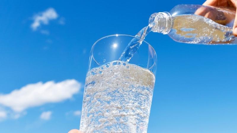 炭酸水のおすすめ人気ランキング26選|国内外のメーカーの商品を比較!爽快感で気分をリフレッシュ