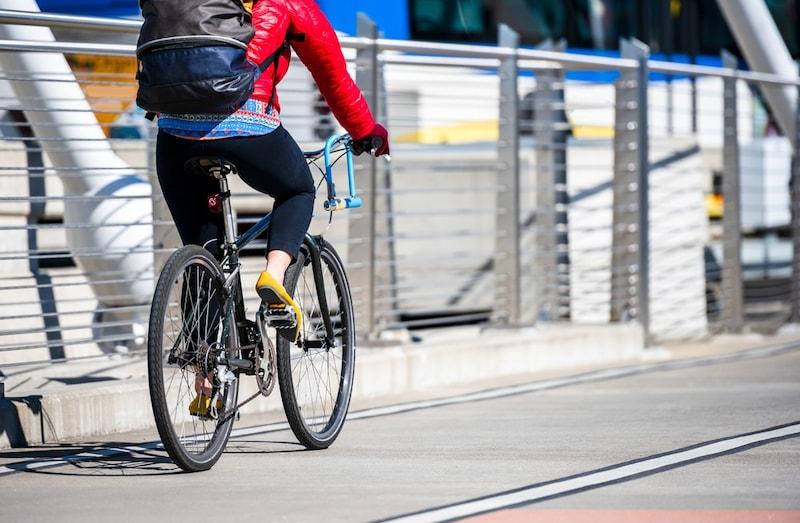 トレックのクロスバイクおすすめ4選|人気のFX1から便利な自転車用のカゴまで!