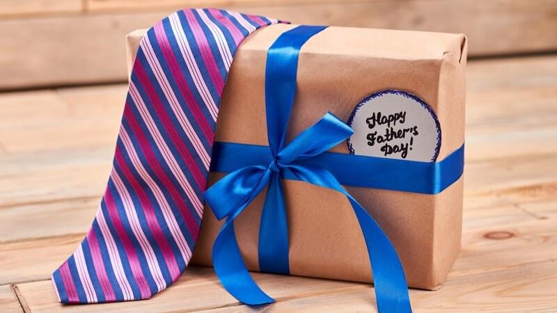 ネクタイのプレゼントおすすめ人気ランキング30選|20代・30代、40代・50代の年代別に紹介