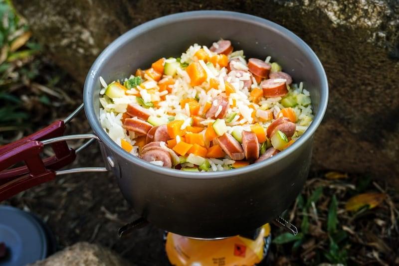 クッカー(コッヘル)おすすめ人気ランキング31選|炊飯や料理に便利!ソロキャンプ用セットも
