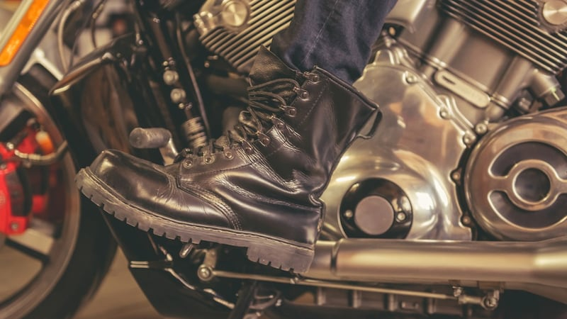 バイクブーツおすすめ人気ランキング25選|おしゃれなスニーカー風や革も!種類の選び方も紹介