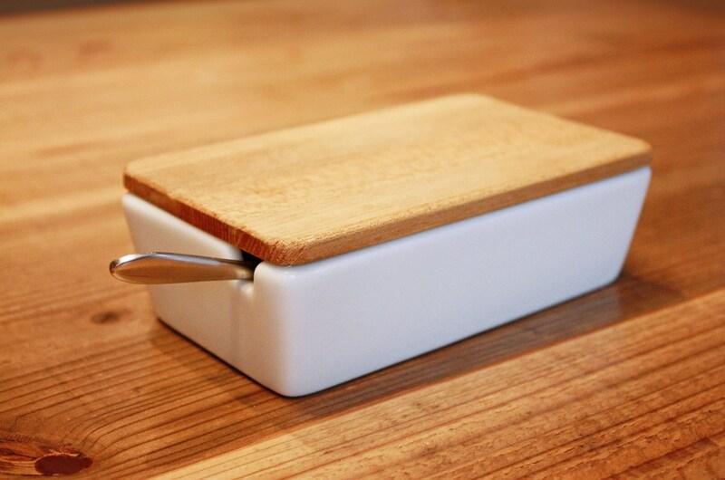 バターケースおすすめ人気ランキング10選|陶器製・ガラス製・木製も!便利な切れるカッタータイプなど
