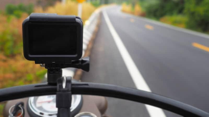 【2021】バイク用ドライブレコーダーおすすめランキング15選|前後撮影モデルが人気!機能を徹底比較