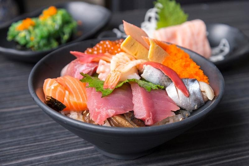【2021】お取り寄せグルメ人気ランキング32選|お肉・おつまみ・スイーツ・海鮮のジャンル別で紹介