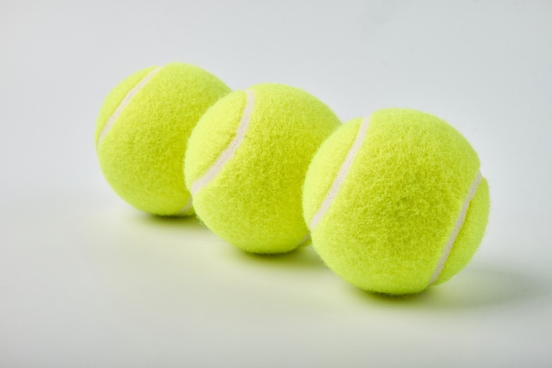 テニスボールおすすめ人気ランキング10選|試合用から練習用の安いもの、ノンプレッシャーボールなどを紹介