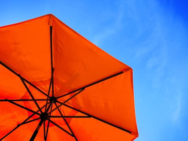 折りたたみ日傘おすすめ人気ランキング15選|かわいいものやブランドもの、軽量なものを紹介