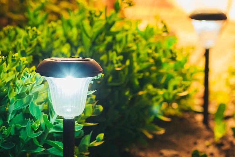 ソーラーライトのおすすめ人気ランキング22選 庭や屋外を明るくおしゃれに!