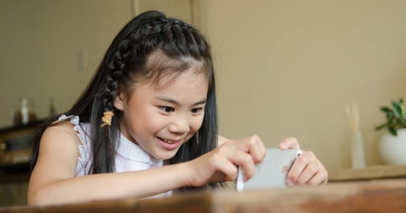 子どもが「将来YouTuberになりたい」と言ったらどうすべきか?