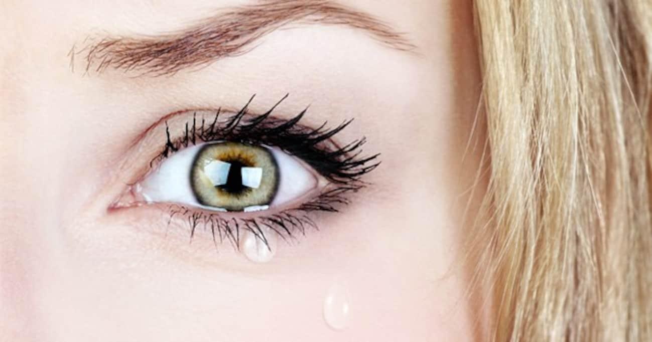 稲田防衛大臣もヒラリーも…「女の涙」が響くとき、嫌われるとき