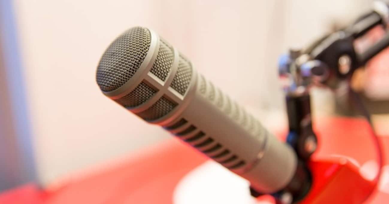"""2016年、芸能人たちの""""被害度""""の明暗を分けたラジオでの謝罪"""