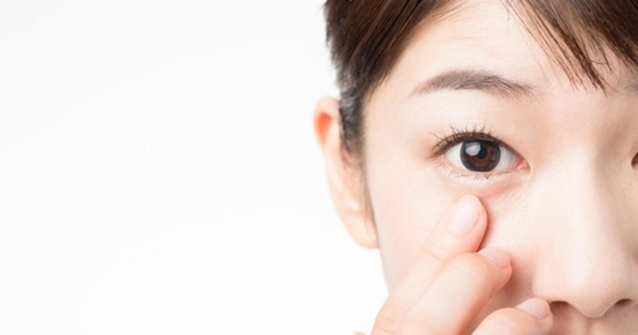 「夜つけるコンタクト」で視力がよくなるって、本当?