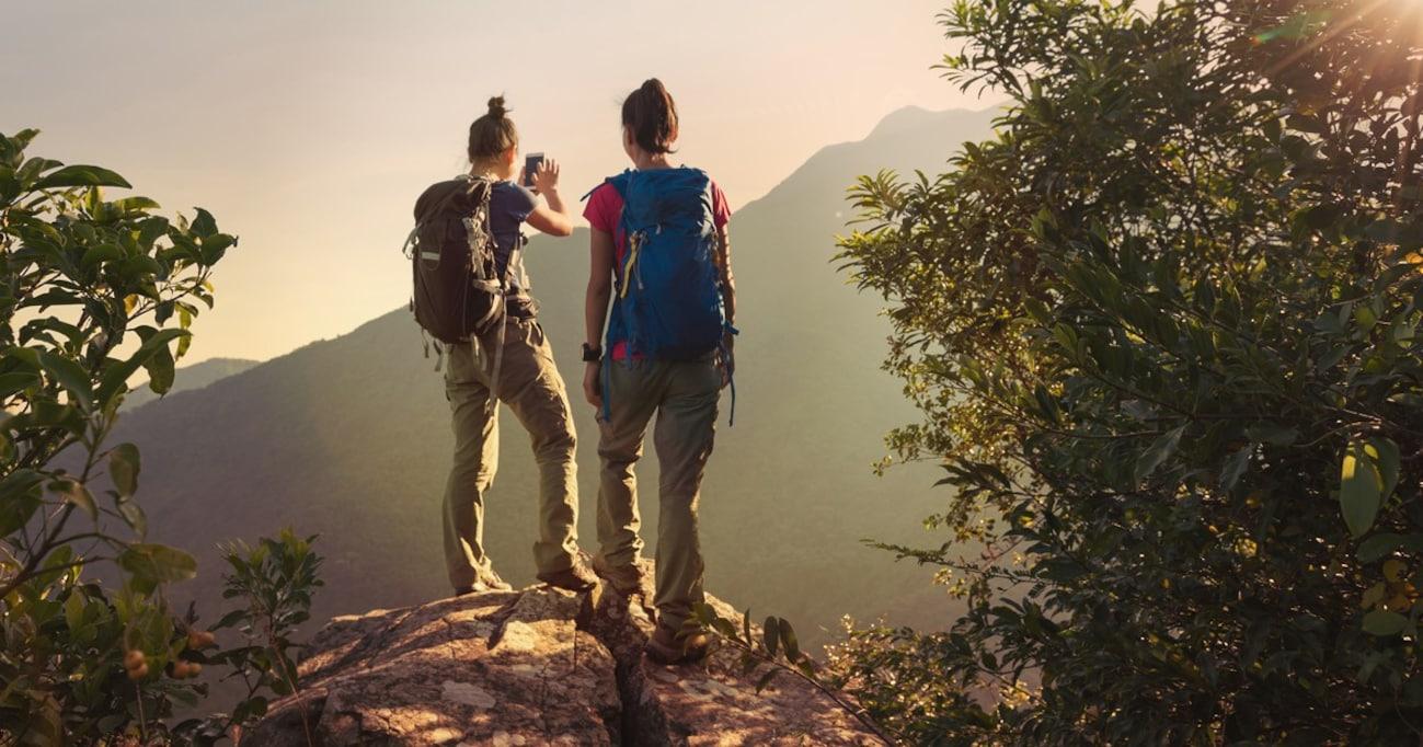 登山事故を防ぐために…アウトドアのプロが教える「山のスマホ徹底活用術」