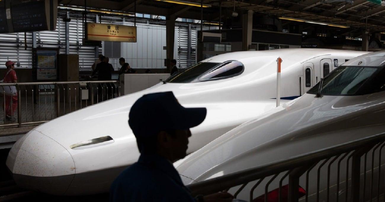 新幹線にセキュリティ検査は必要か、無人運転車はどうなる?【岩貞るみこの人道車医】