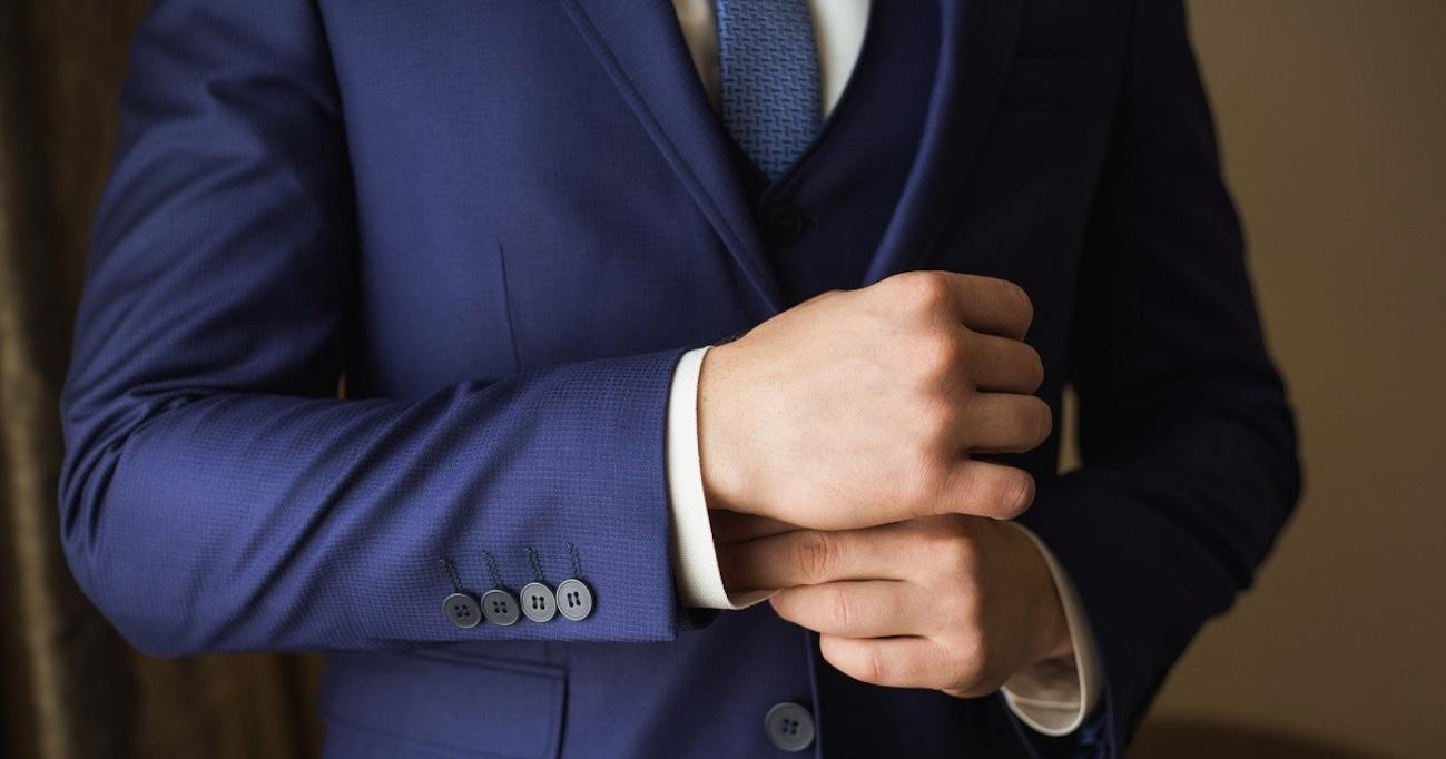 """契約や交渉、プレゼン…。大事な場面を乗り切るための""""スーツ""""着こなし術とは?"""