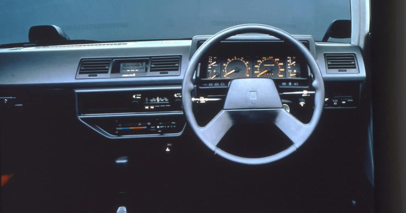 【中年名車図鑑|初代 いすゞ・アスカ】GMのワールドカー戦略で生まれ、いすゞの独自戦略で成長した