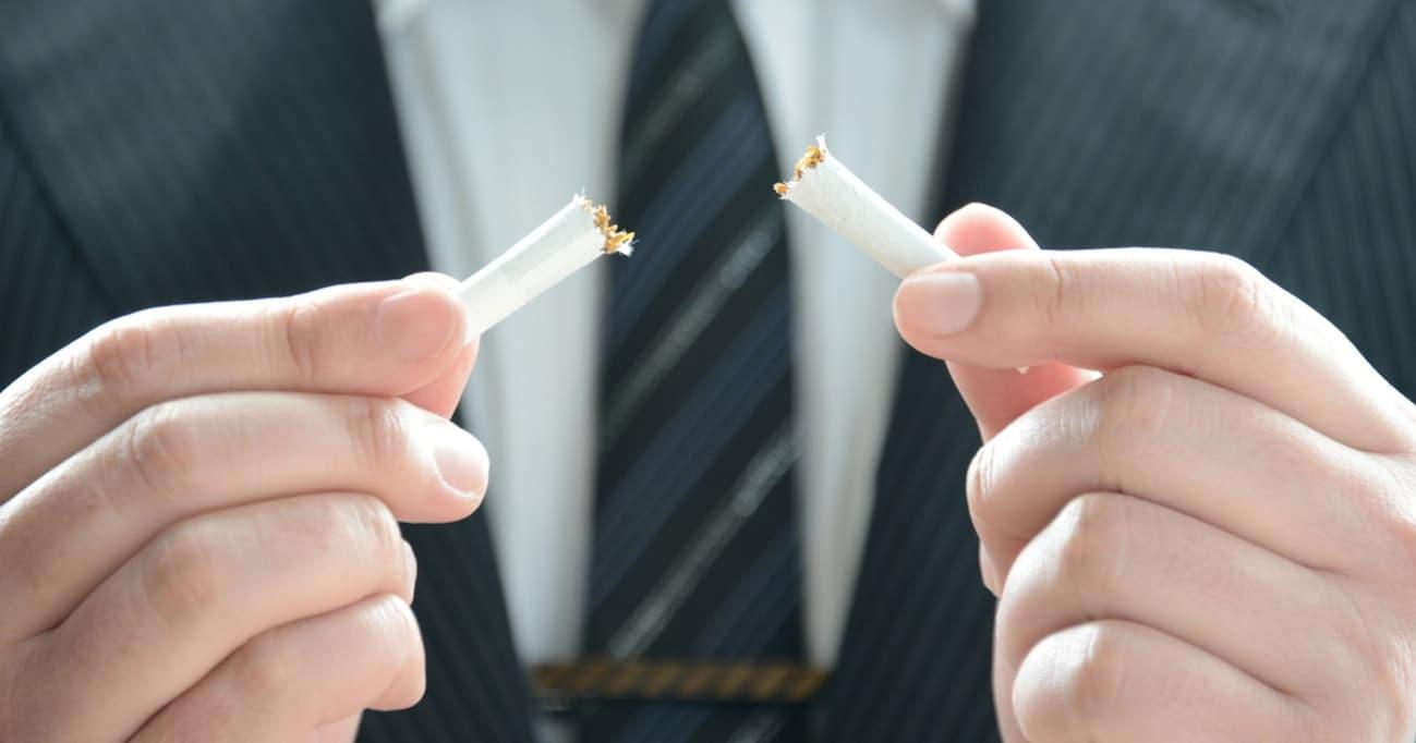 「禁煙ファシズム批判」はエゴでしかない! 嫌煙家が愛煙家にぶちまける100年の恨み