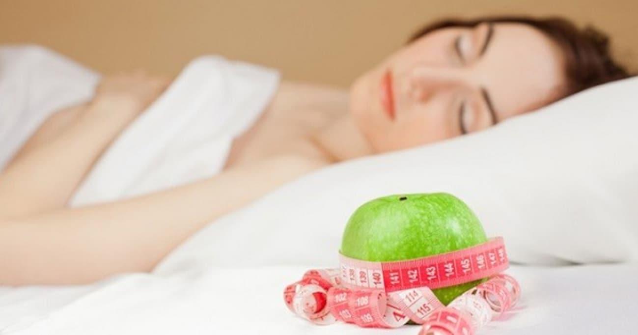 「寝ているだけでやせ体質になれる」はホント!?