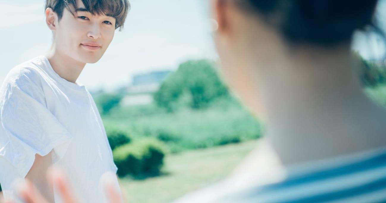 デート中、女性の鼻毛が気になったときにどう指摘するか問題