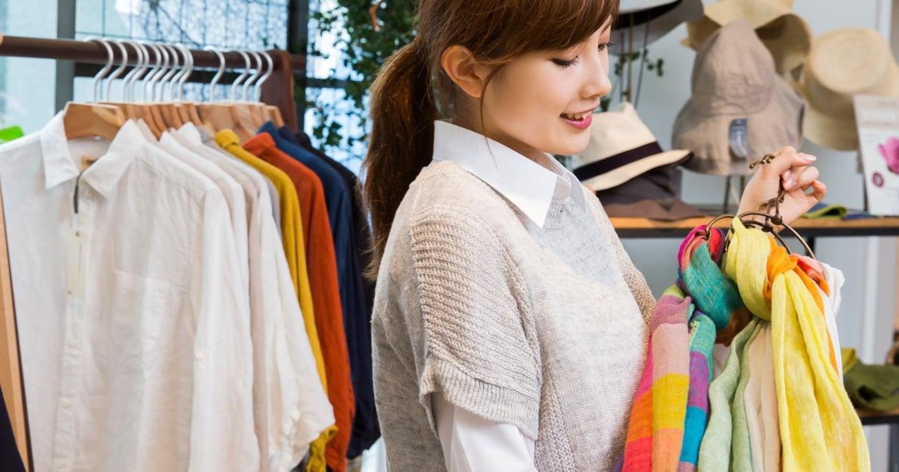 なぜショップ店員は夫のスーツを妻に勧めるのか? 元アパレル販売員が理由を明かす