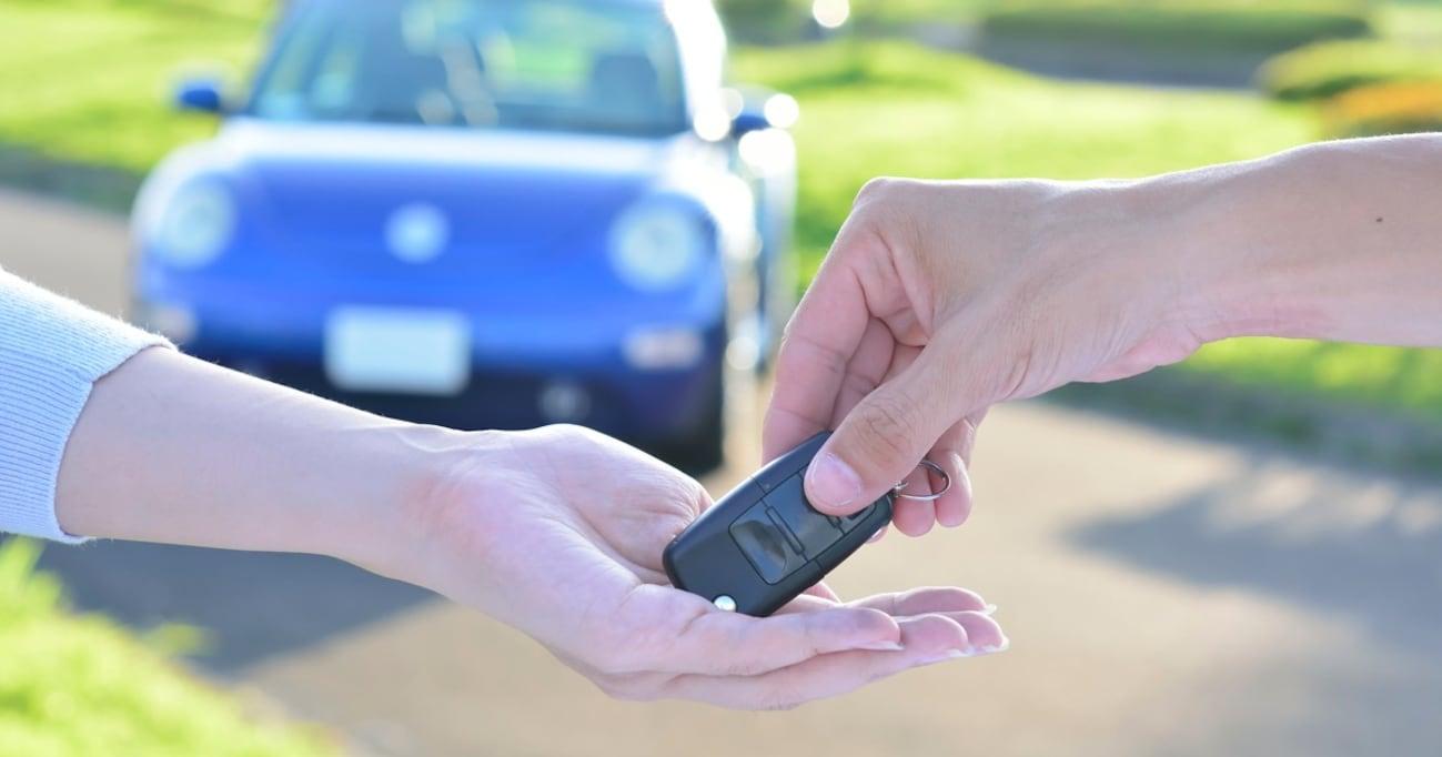 運転免許証の新規取得数は伸びているが…若者のクルマ離れは止められない