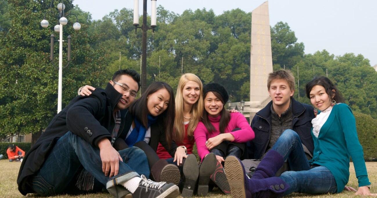 たった1週間の海外留学って意味あるの? 全学部「海外留学必修化」で千葉大がやりたいこと