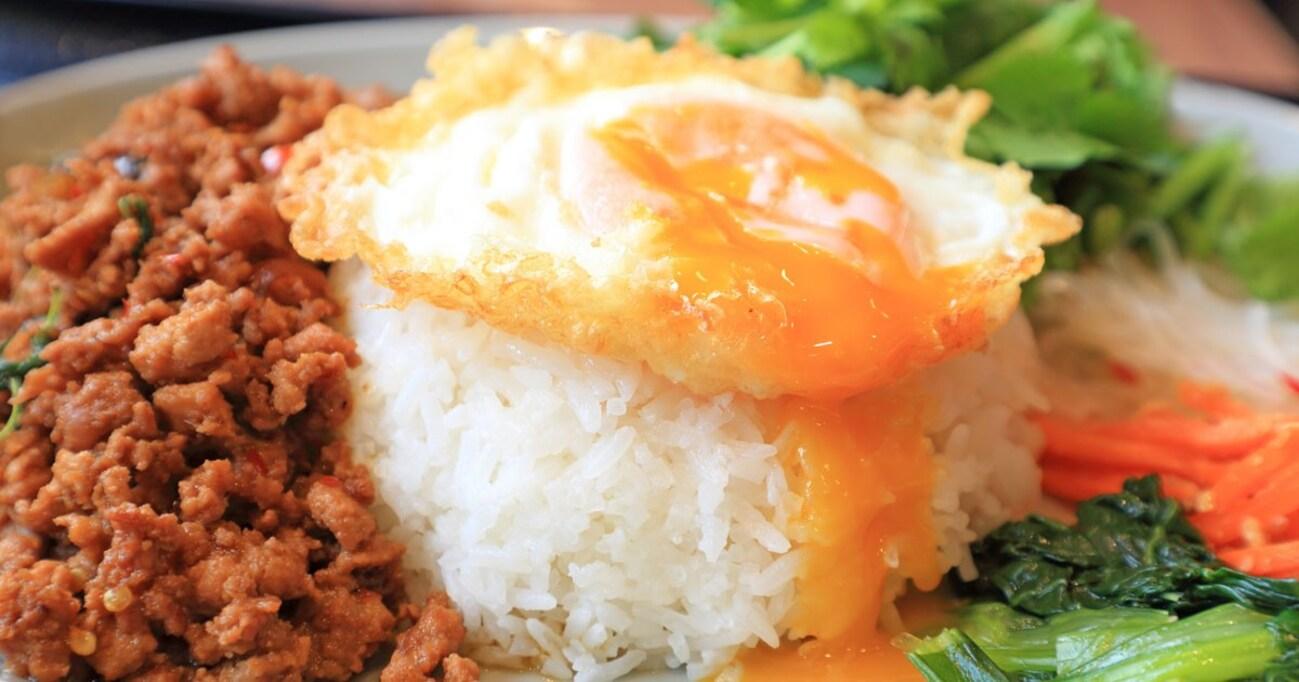 ガパオ、パクチー、トムヤムクン… 平成にエスニック料理が大流行したワケ【ファッションフードの平成史】