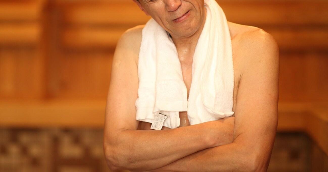 男湯に女性清掃員はウレシイ、けどやめてほしい… 複雑なおじさんゴコロ