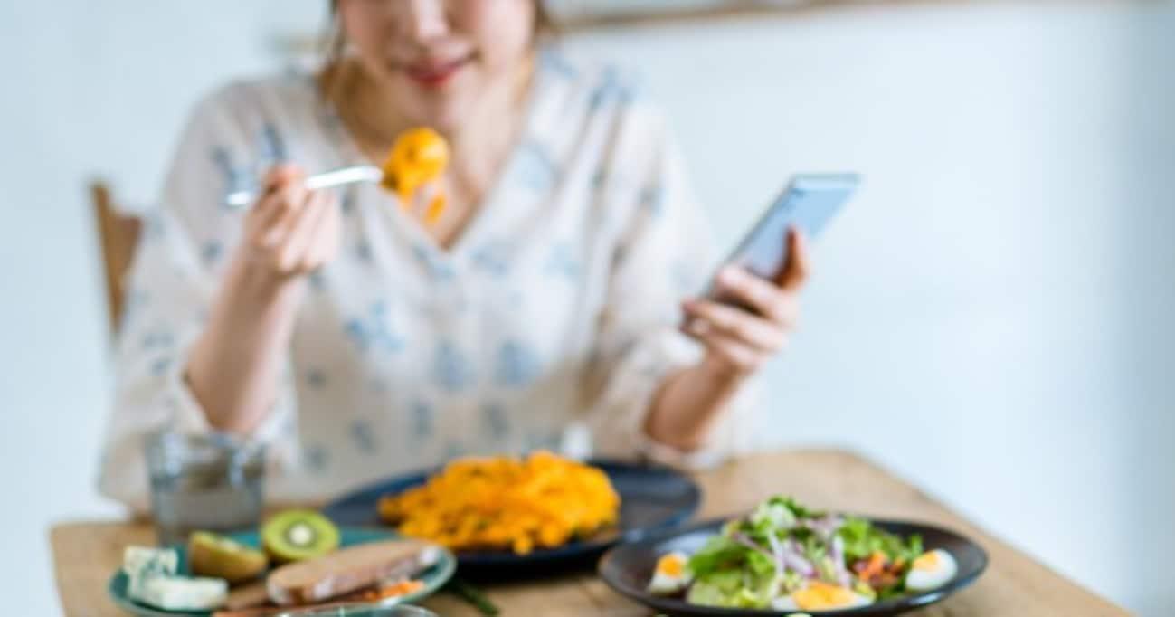「結局なにを食べればいい…?」粗食ブームの後に肉ブーム、次々に登場する健康食、その裏側に迫る
