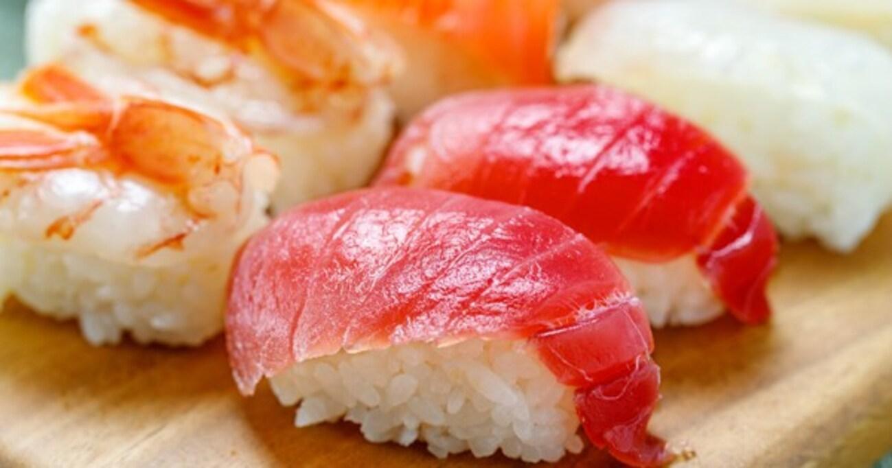 なぜお寿司は二貫セットで出されるのか? あなたの知らない「お寿司」トリビア