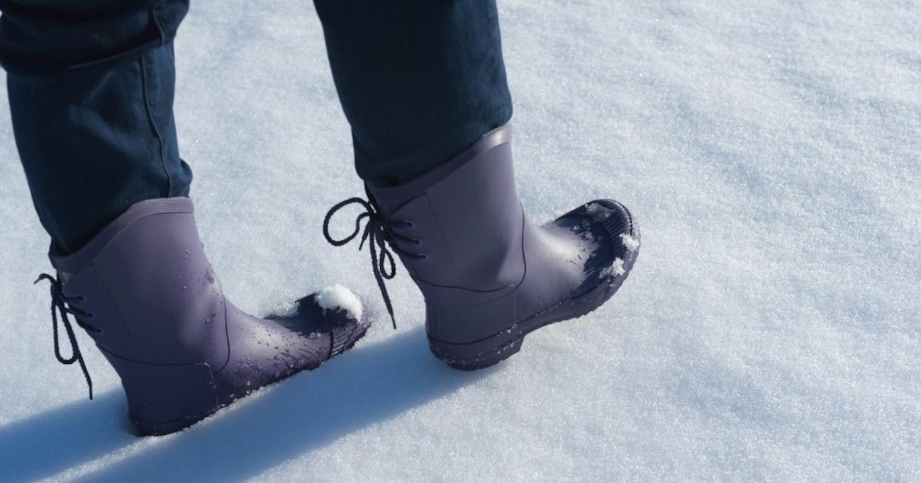 """【注意喚起】いいかい…雪国に来るとき""""これ""""だけは履いてきちゃいけないよ…"""