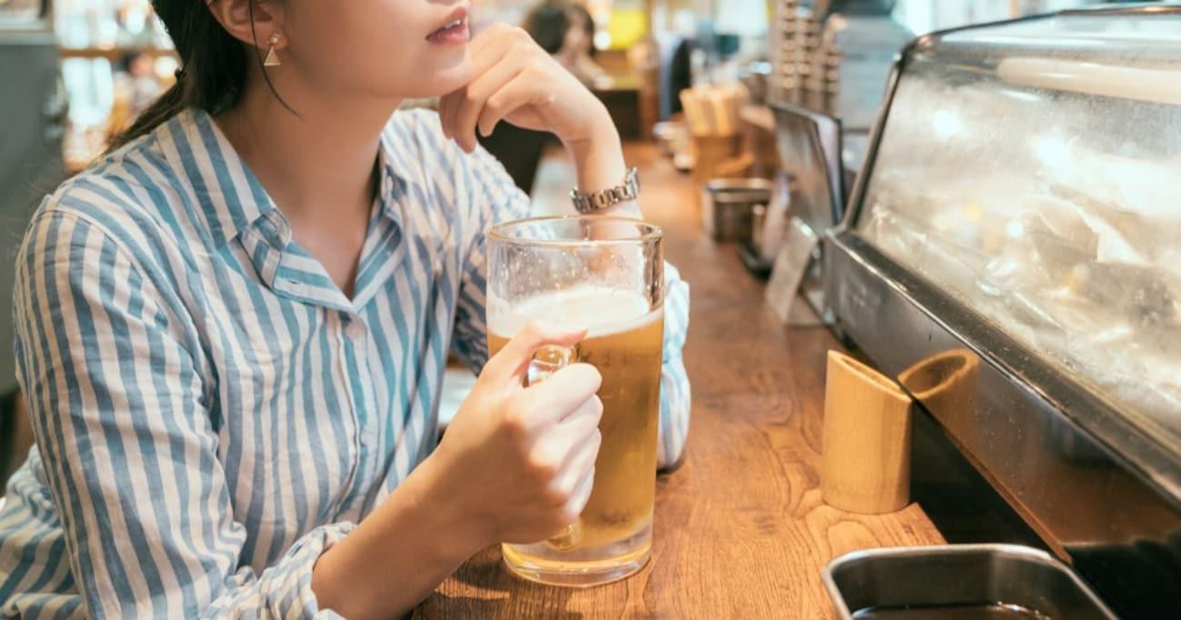 王将で見かけたOL「餃子18個。あとビール」→ただ者じゃねぇ佇まいの女性に絶賛の嵐