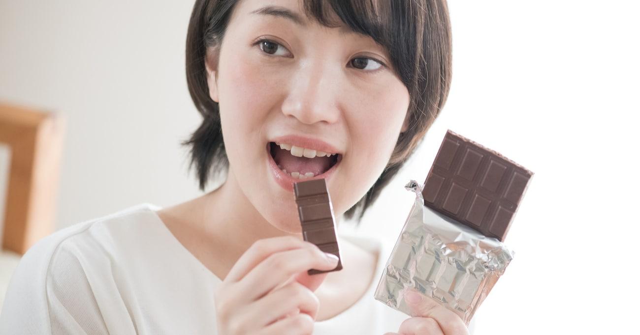 板チョコの溝は割りやすくするためのもの…ではないって知ってた?! 【チョコレート雑学3選】