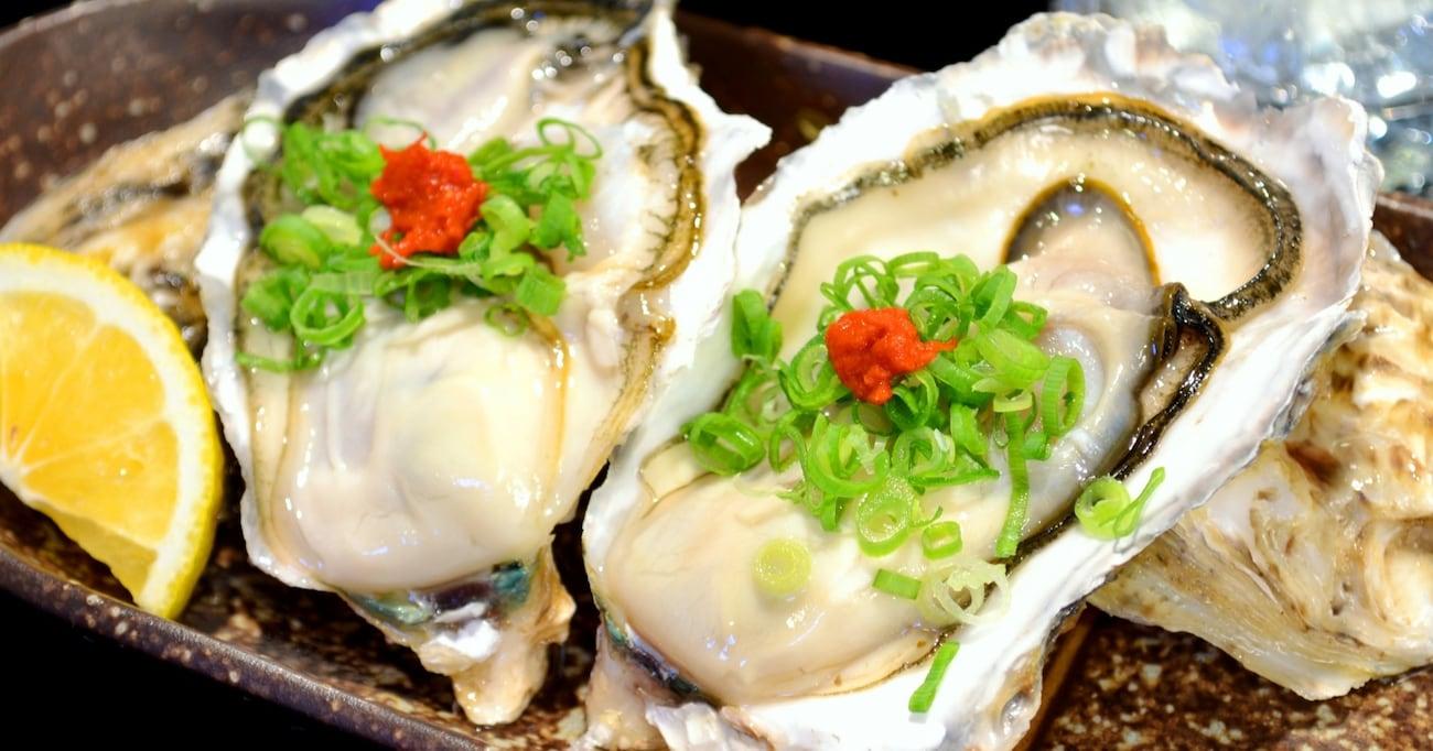 """【納得】""""加熱用""""と表示されている牡蠣を、生のまま食べてはいけない恐ろしい理由"""