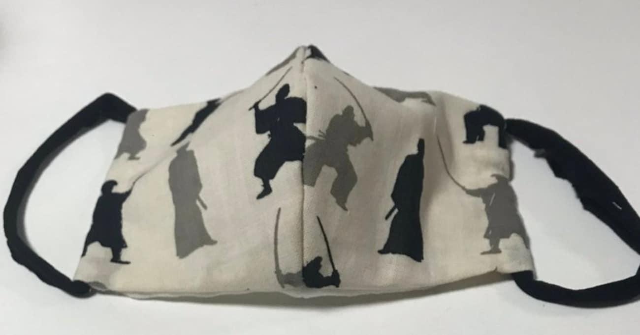 【ライフハック】手作りマスクのゴム部分は意外なアレで代用できる!「目からウロコ」「知って良かった」