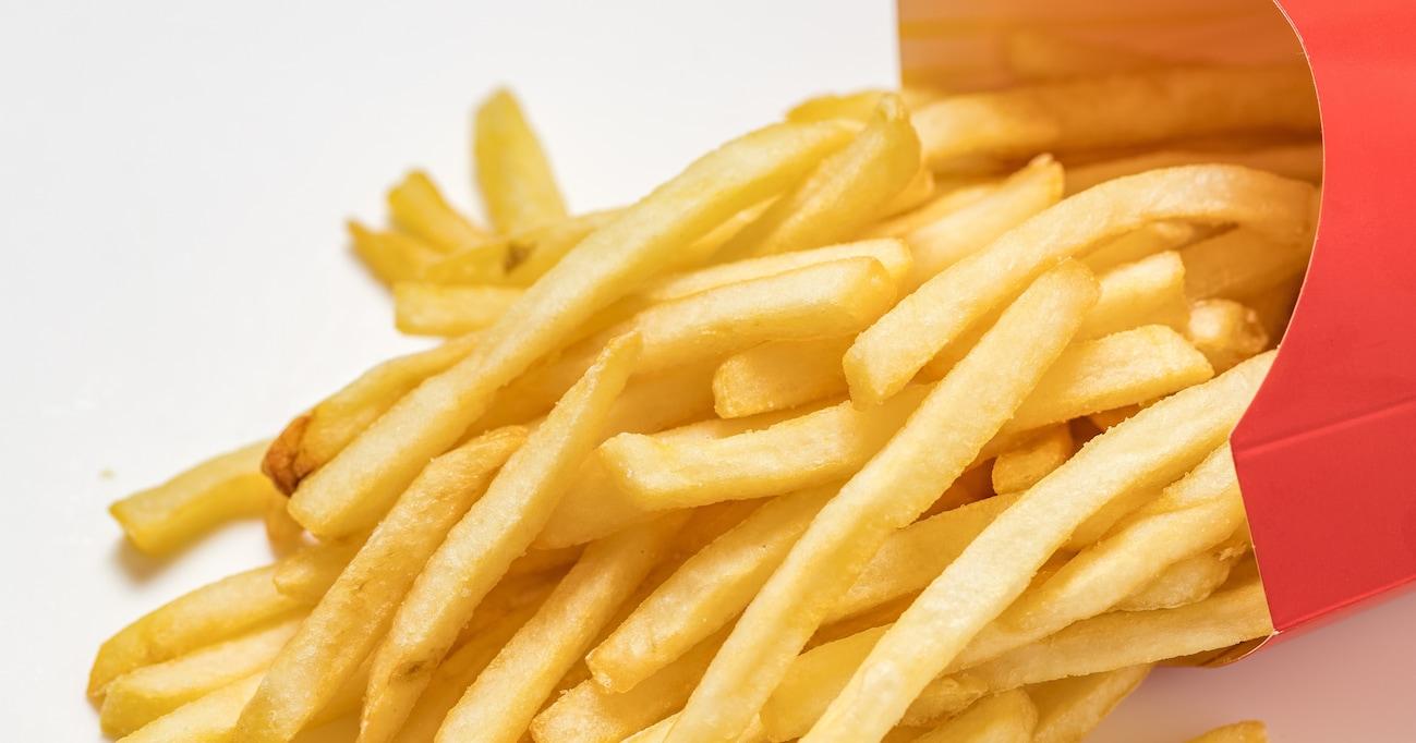 「冷めたポテトがチーズボールに?!」マックポテトの驚愕アレンジレシピ3選